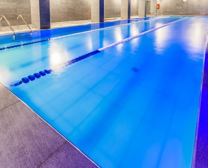 Palestra con spa e con piscina gallarate provincia di for Piscina o palestra