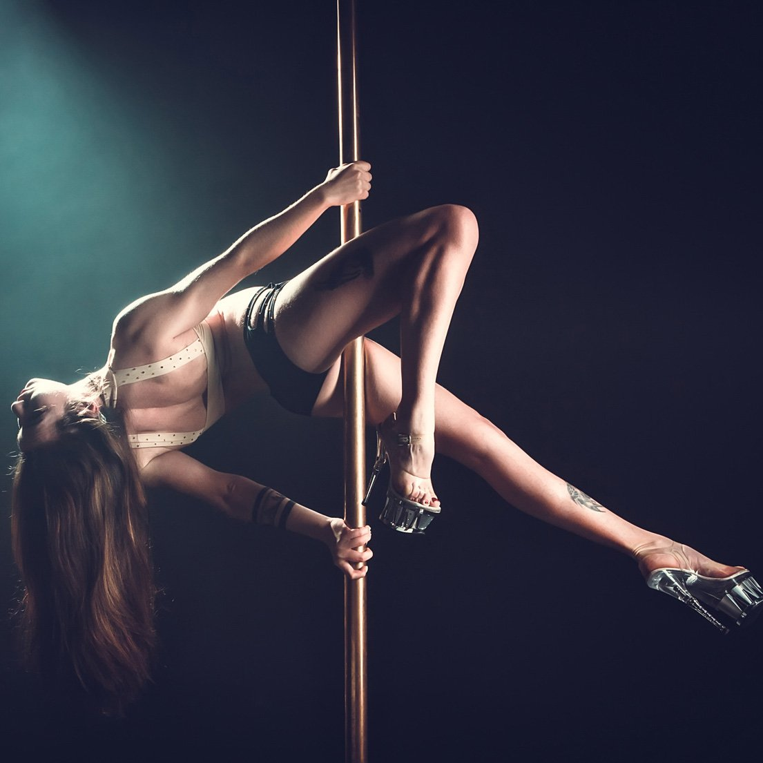 pole dance exotic